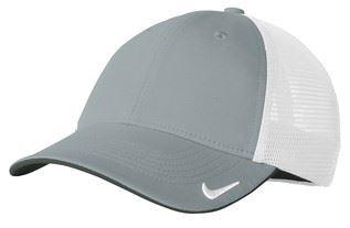 1794493473d96 The Spirit In You. Nike Golf Mesh Back Cap II 889302